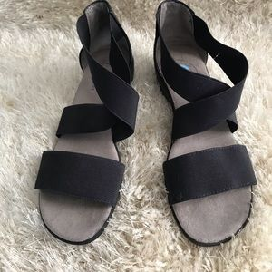 Life stride simply comfort sandals